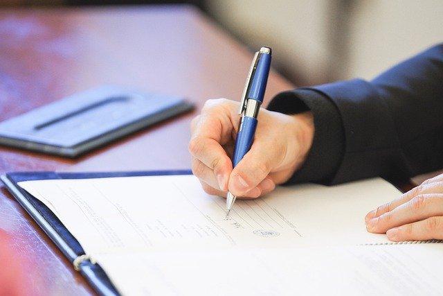 Rebus sic stantibus, la cláusula que condiciona los contratos